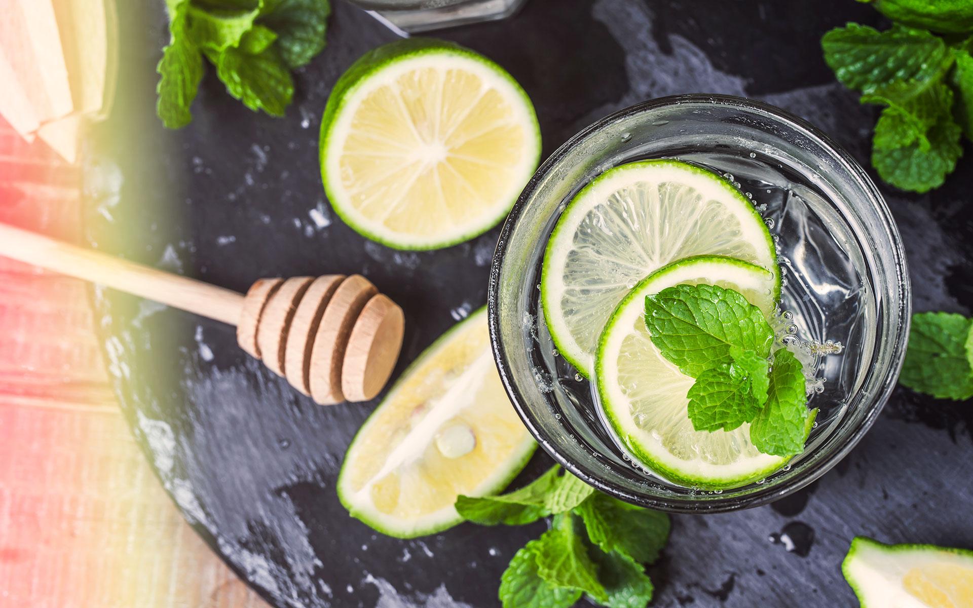 Frische Zutaten sind der Schlüssel für das Gelingen des Mojito-Cocktails